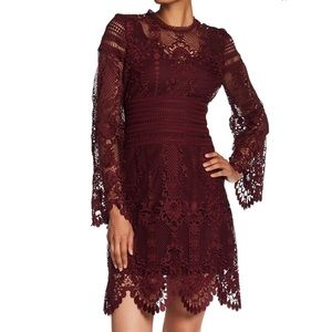 •Laundry by Shelli Segal• Red Lace Dress